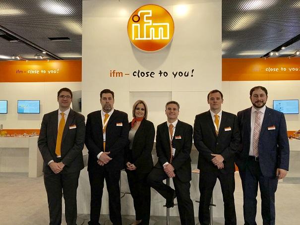 Equipo IFM electronic en Advanced factories
