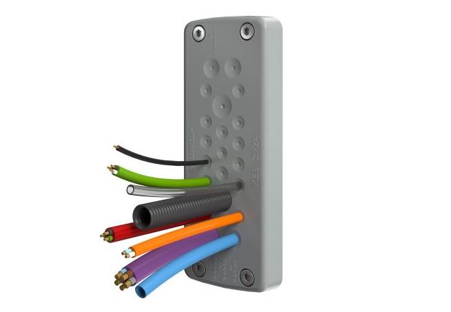 Las placas KES permiten el paso y ajuste de cables sin usar tornillos