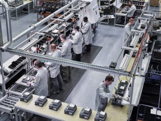 Distribuidor en campo NORDAC LINK: innovación con 30 años de experiencia