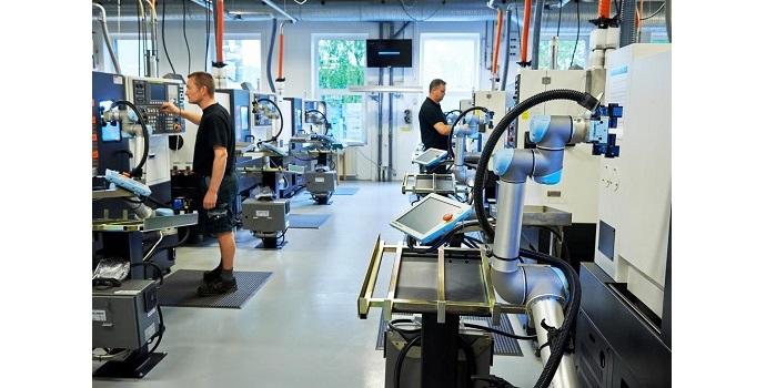 Una veintena de brazos robóticos llegan al Advanced Factories de Barcelona