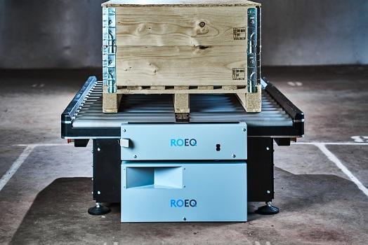 El nuevo sistema GuardCom de ROEQ ofrece una transferencia más rápida de artículos entre los robots móviles y las cintas transportadoras