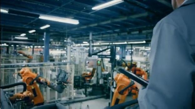 Descubre cómo la tecnología HMI mejora el funcionamiento y la cooperación en el mantenimiento de la mano de Emerson