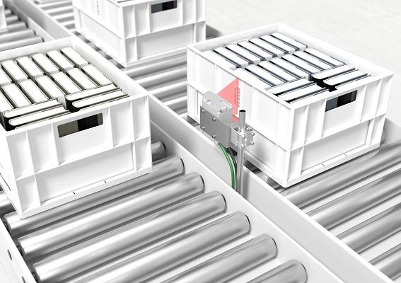 Nuevo lector fijo de código de barras BCL 200i de Leuze: fácil identificación guiada de contenedores y bandejas