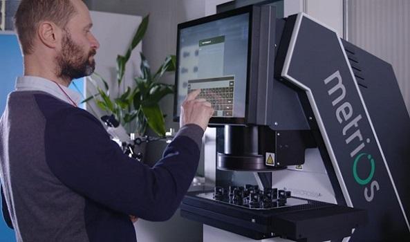 Sistemas de medición e instrumentos mecánicos de precisión de la mano de Metrios