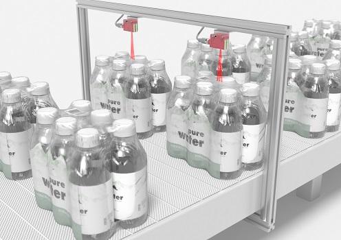 Nuevo sensor difuso de referencia dinámica DRT25C.R de Leuze: detección fiable de envases multipack